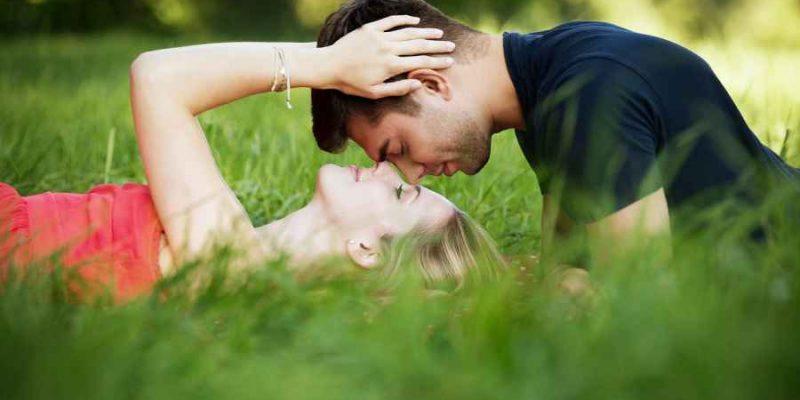 UPOREDNI HOROSKOP: Kako se Blizanci slažu u ljubavi sa ostalim pripadnicima Zodijaka