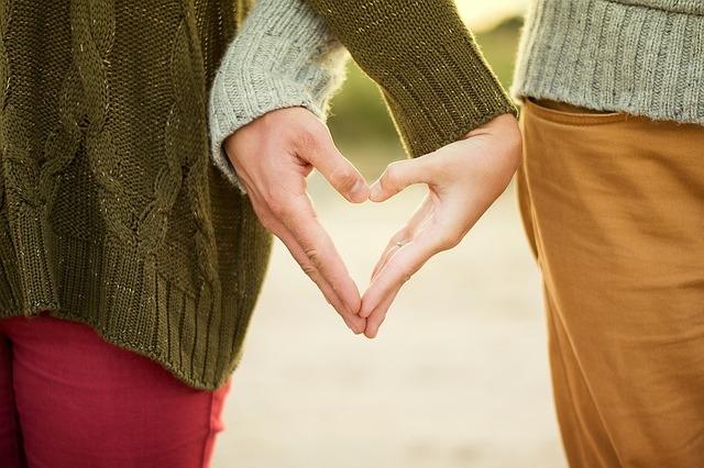 ova 3 para će imati sreće u ljubavi u oktobru