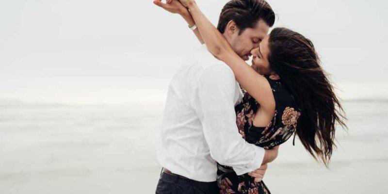 Naredni meseci biće im obojeni romantikom i strašću: Ova 4 horoskopska znaka doživeće pravu ljubav tokom leta 2020. godine