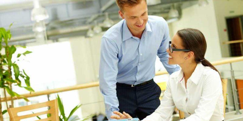 Kad kolege postanu više od toga: Žene iz ova 3 znaka uskoro će doživeti romansu na poslu