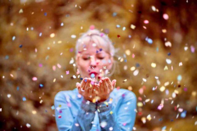 Godišnji numerološki horoskop za 2020. godinu: Osmice će se osećati kao da su na vrhu sveta, Trojke žive život punim plućima, Šesticama odličan period za brak